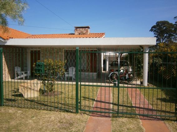 Alquiler Anual - Hermosa Casa Muy Amplia