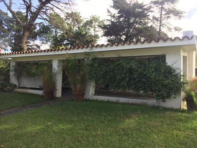Venta Casa Zoe, Mb Precio, 3 Dorm, 650 Terreno, Parrillero, Nuevo Cantegril, Punta Del Este. Grupo Torres G