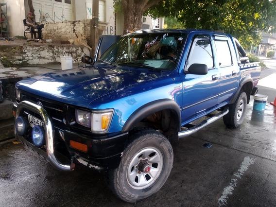 Toyota Hilux 4 X 4