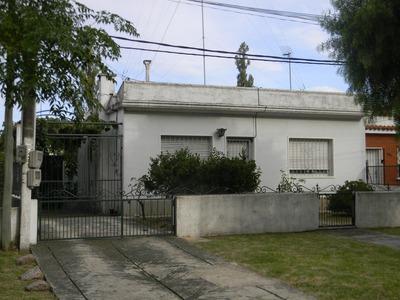 Venta Casa Colon 2 Dormitorios Y Casa 1 Dormitorio Al Fondo