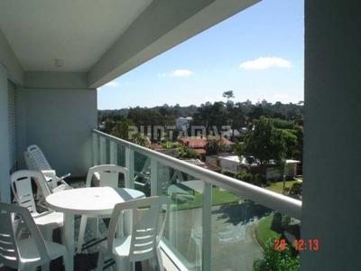 Apartamento En Zona De Playa Mansa A 100 Metros Del Mar, Terraza Con Sol Y Muy Linda Vista Verde Hacia El Bosque. - Ref: 2075