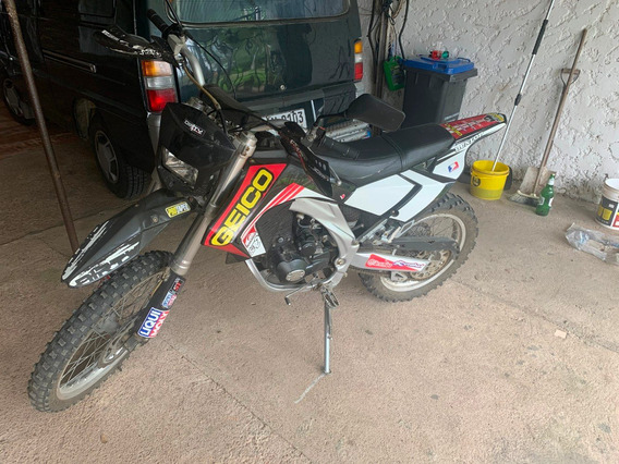 Dirty Agb-36-rx 250cc.