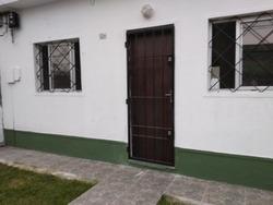 Alquilo Casa En Paso Molino, A Dos Cuadras De Agraciada.