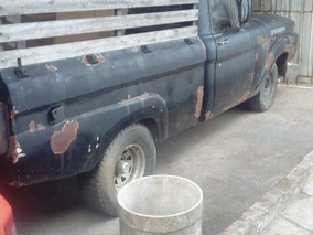 Ford F-100 Pik Up