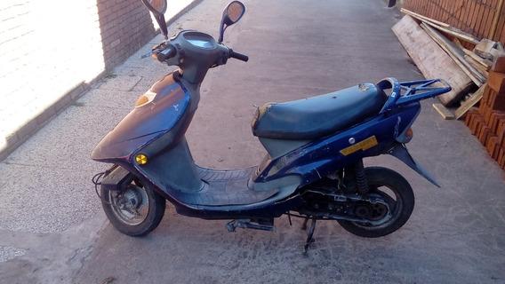 Moto Escuter Yasuki