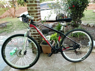 Bicicleta Redestone Italiana