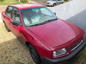 Daihatsu Applause Año 1997 Sedan Color Rojo