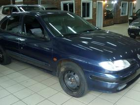 Renault Mégane 2.0 Sedan
