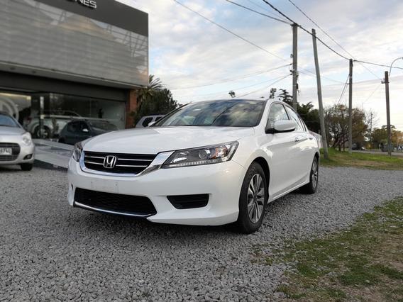 Honda Accord 2.4 2015- Permuto Financio