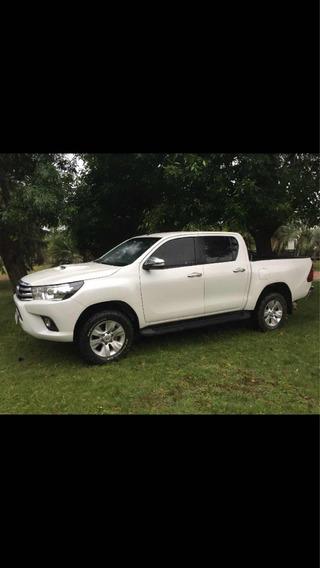 Toyota Hilux 2.8 Cd Srv Pack Tdi 177cv 4x2 2017