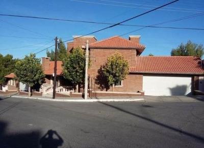 Hermosa Residencia,con Recámara En P.b. En Lomas Universidad