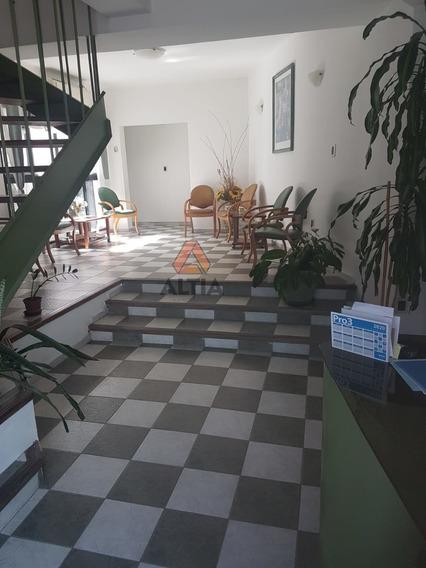 Sobre Br. Artigas/miguelete 3 Plantas Consultorios/oficinas