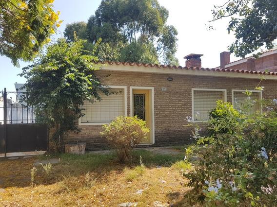 Casa De 2 Dormitorios En Venta En Parque Miramar