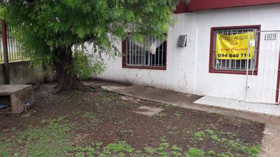 Casa Esquina Aparicio Saravia Y Gral Flores $18000