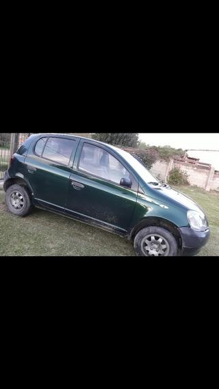 Toyota Yaris 1.3 3p Mt 2000