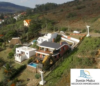 Se Vende Espectacular Casa De 3 Niveles (piriápolis)