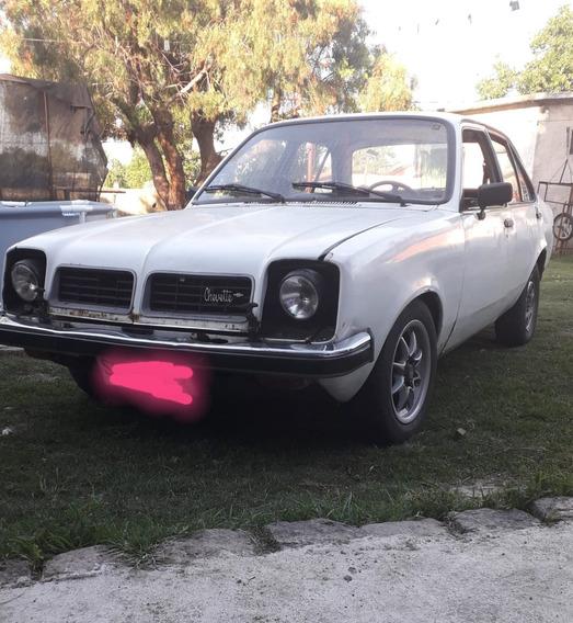 Chevrolet Chevette Año 81 Caja 5ta