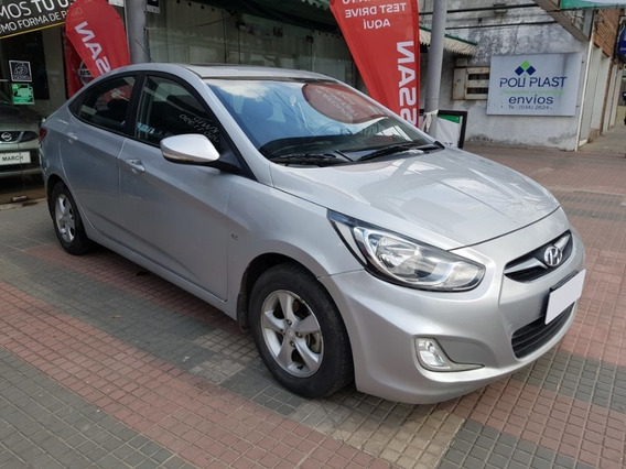 Hyundai Accent I25 1.6 Gls 2012