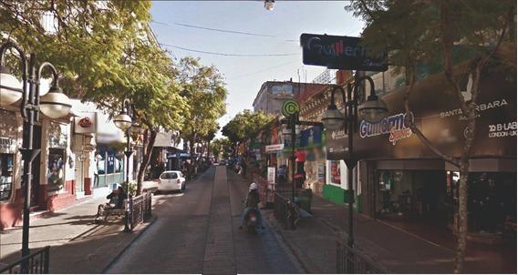 Apto Al Frente Calle Uruguay En Mismo Padròn Local 8 M Frent