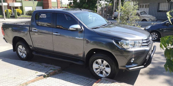 Toyota Hilux 2.7 Srv 4x4 Extra Full - 2017 Descuenta Iva