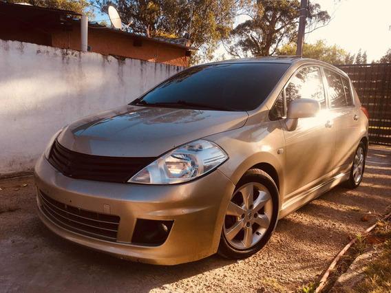 Nissan Tiida 1.8 Emotion Mt 2010