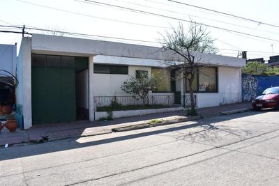 Casa 4 Dormitorios, Garage Y Dos Baños