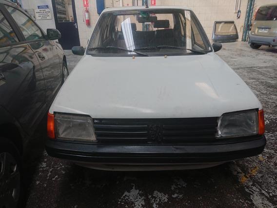Peugeot 205 1.4 1992 Standard