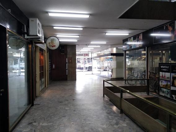 Local En Galeria Del Centro Buena Galería Y Estado