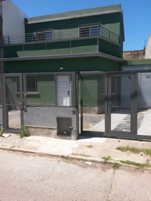 Casa De Bajos Y De Altos A Estrenar C/cocheras Sin G. Comun