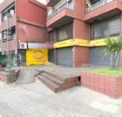 Local De 285m2 En Av. Millán Y Br. Artigas- Venta O Alquiler