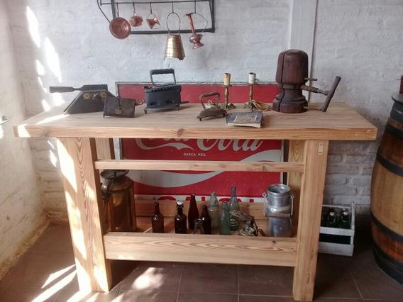 Banco Carpintero O Mesa De Trabajo En Pinotea