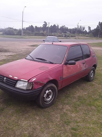 Peugeot 205 205