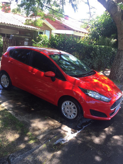 Ford Fiesta Kinetic S Rojo