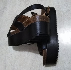 Sandalia Con Plataforma Negra Talle 37 De 24 Cm Interior