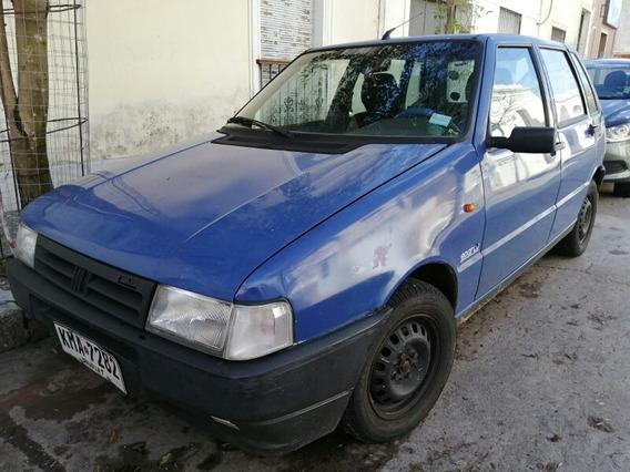 Fiat Uno Sedan 4 Puertas