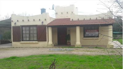 Chacra Con Casa De 2 Dormitorios Y Cochera