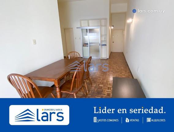 Apartamento En Alquiler / Centro