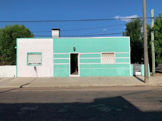 Amplia Casa En Venta T Y Tres
