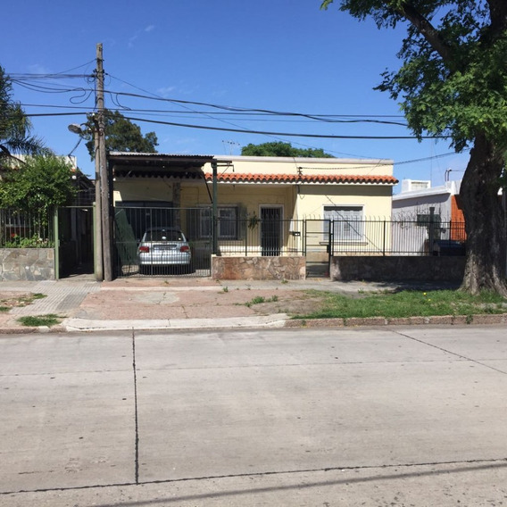 Venta De Casa 3 Dormitorios Muy Buen Estado Con Garaje