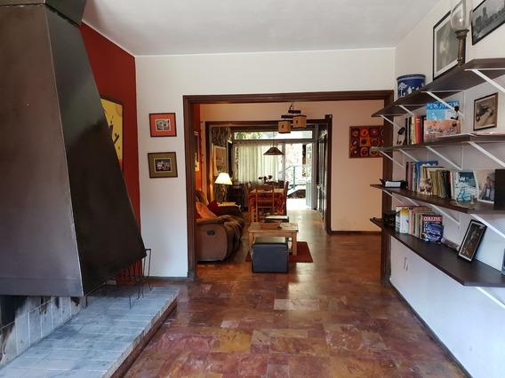 Casa En Cordón Norte. Próxima A Paysandú Y Minas.