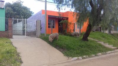 Yacuy 1502 Casa Reciclada En Salto / Ent Coche -retiro
