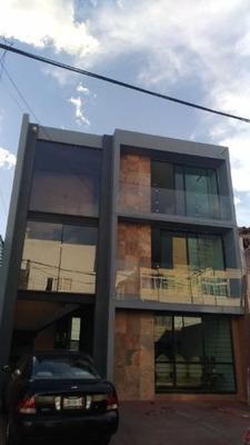 Edificio En Venta En Vallarta Poniente.