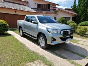 Toyota Hilux 2.4 Diesel (permuto)