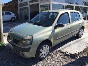 Renault Clio 1.6 Authentique 2004