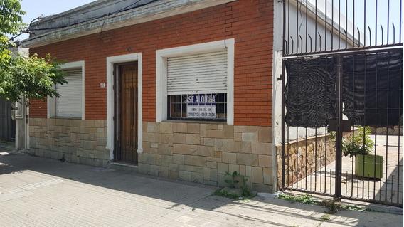Casa Dos Dormitorios Barrio Jacinto Vera
