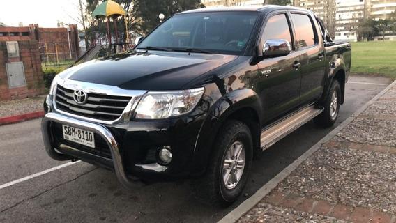 Toyota Hilux 2.7 Nafata Muy Linda