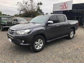 Toyota Hilux 2.7 Cd Srv Vvti 4x4 - A3 2017