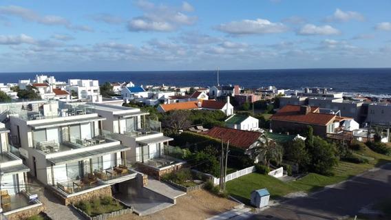 Apartamento En Alquiler En El Mejor Lugar De La Barra-ref:1266
