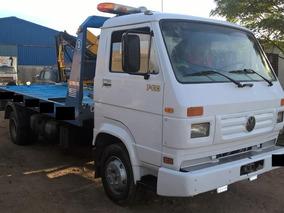 Camión Para Traslados De Auto Y Auxilio Mecanico