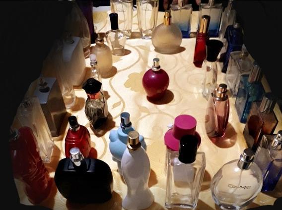 M.a Colección De 36 Frascos De Perfumes Vacíos $ Por Todos